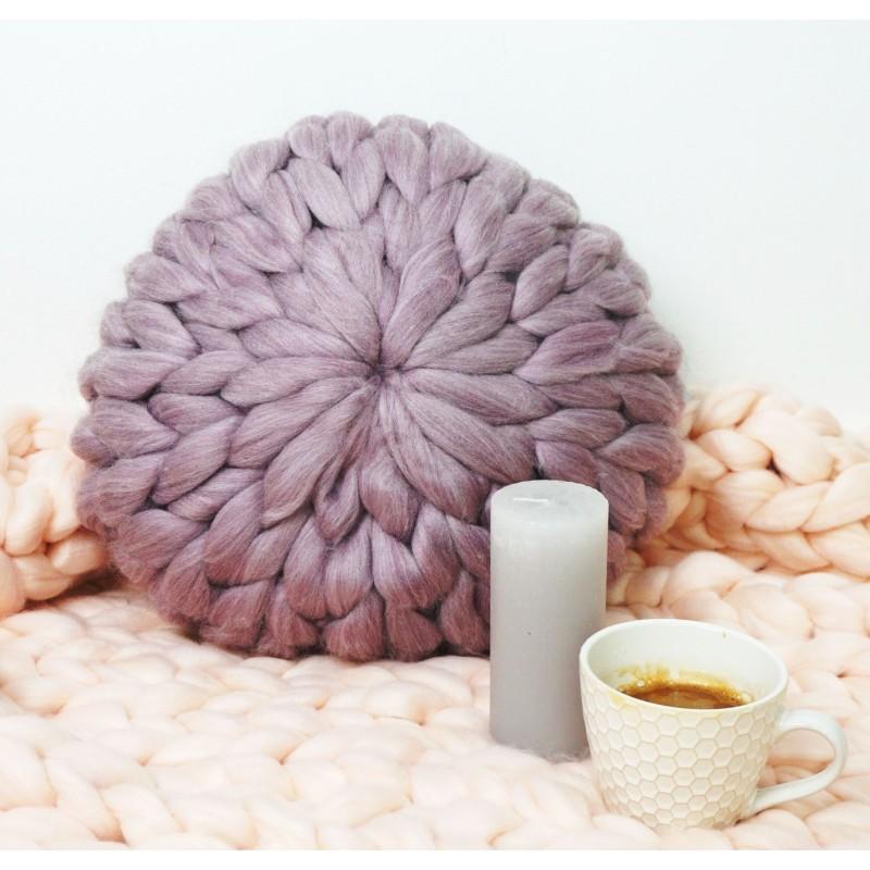 Pletený dekoratívny vankúš EMI