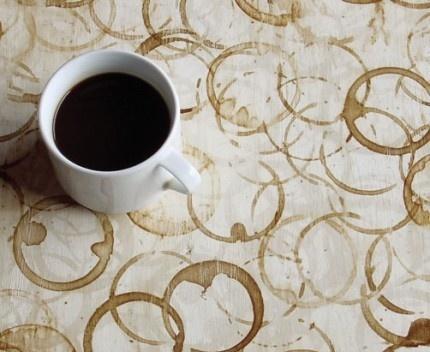 Škvrny od kávy