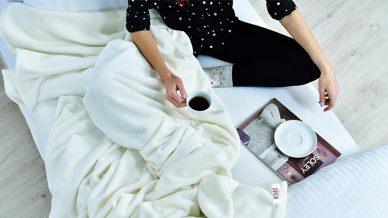 teplá deka z mikrovlákna 150 x 200