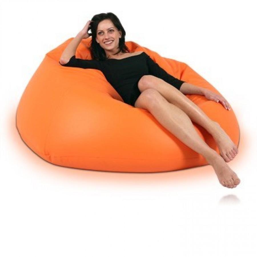 oranžový sedací vak